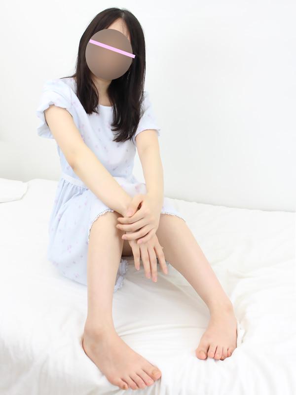 新宿手コキ&オナクラ 世界のあんぷり亭 メガネっ子 すぴか