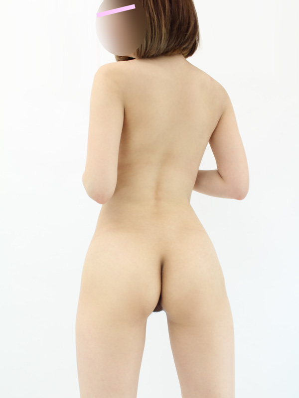 新宿手コキ&オナクラ 世界のあんぷり亭 ゆりか