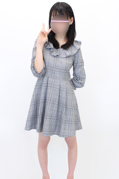 新宿手コキ&オナクラ 世界のあんぷり亭 りりー